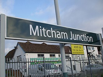 Mitcham Junction station - Image: Mitcham Junction stn mainline signage