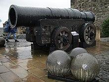 """Canon"" médiéval (vidéo) 220px-MonsMeg"