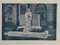 Monument aux morts de l'IDN, rue Jeanne d'Arc, Lille, France.png