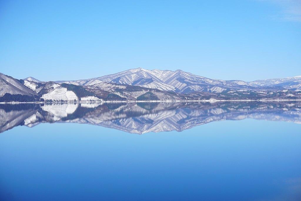 Mount Kayou seen from Lake Tazawa 20210213