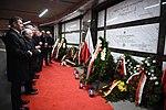 Msza święta, Apel Pamięci, kwiaty przy pomnikach i grobach. Obchody 9. rocznicy katastrofy smoleńskiej (1).jpg