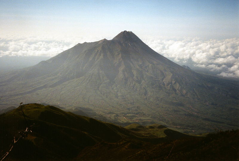 File:Mt Merapi from Mt Merbabu.jpg