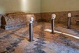 Museo del Tempio Capitolino teste Brescia.jpg