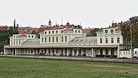 Nádraží Praha-Dejvice, od jihovýchodu (01).jpg