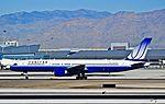 N578UA United Airlines Boeing 757-222 (cn 26694-531) (6873653327).jpg