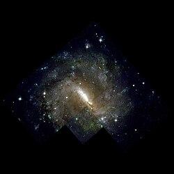 NGC3059-hst-R814G606B450.jpg
