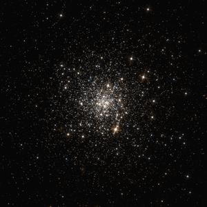 NGC 4147 - Image: NGC 4147 HST 10775 R814GB606