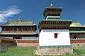 Nagrobek i świątynie w klasztorze Erdene Dzuu.jpg