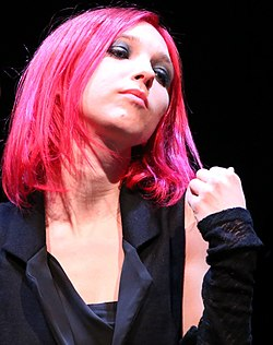 Nathalie in Auditorium di Roma, 2014 (2014-12-14 22.31.33 by taymtaym) - Crop (2).jpg