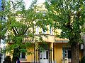 Ndërtesa ku është vendosur biblioteka e vogël e qytetit - Ferizaj 04.jpg
