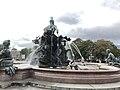 Neptunbrunnen 031.jpg