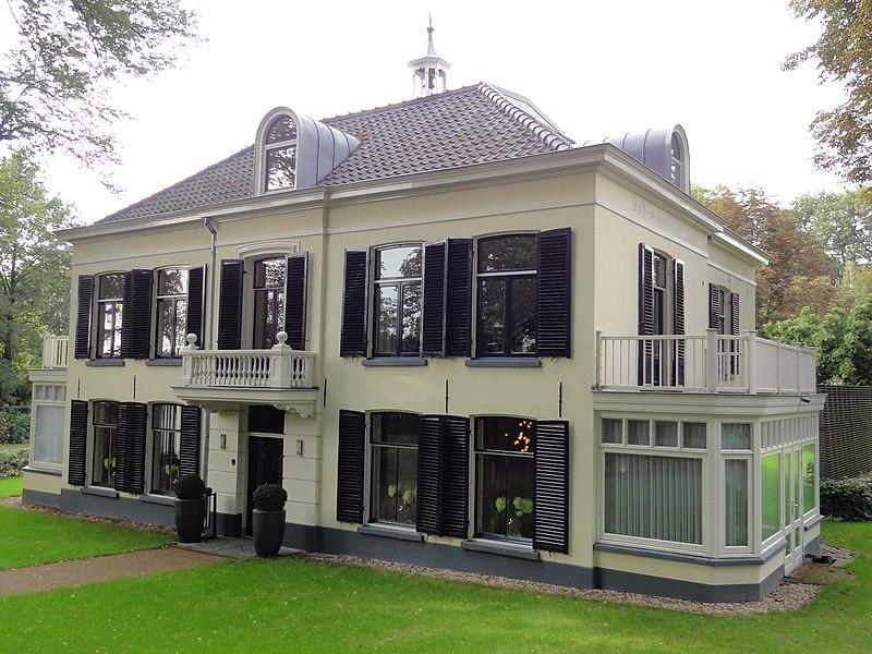 Villa oud mari nboom in nijmegen monument for Woning te koop nijmegen
