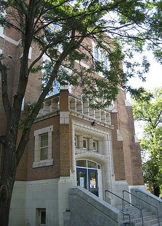 Oakwood Collegiate Institute - Image: Oakwood Collegiate Institute