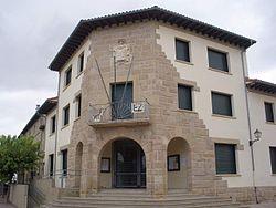 Obanos - Ayuntamiento.JPG
