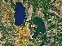 Οι λίμνες Οχρίδα, Μεγάλη Πρέσπα και Μικρή Πρέσπα, στα σύνορα Ελλάδας, Αλβανίας και ΠΓΔΜ, φωτογραφισμένες από δορυφόρο