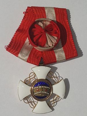 Order of the Crown of Italy - Image: Order Crown of Italy officer medal