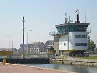 Ouistreham-Capitainerie-du-port.JPG