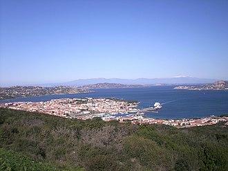 Palau, Sardinia - Image: Palau vista panoramica