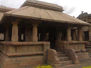 Hooli - Hooli Panchalingeshwara temple