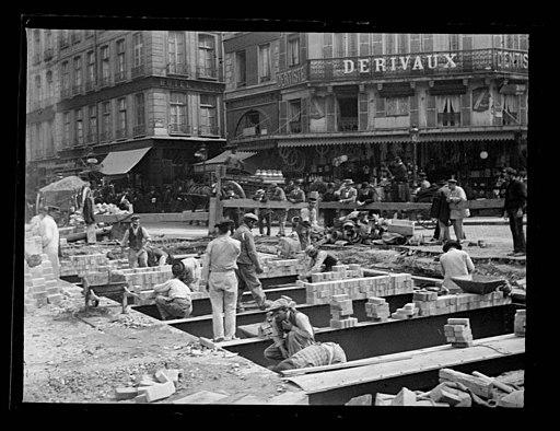 Paris , rue de Rivoli - Fonds Trutat - MHNT.PHa.456.01.112