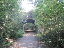A Photograph of the Parkland Walk rail trail in London