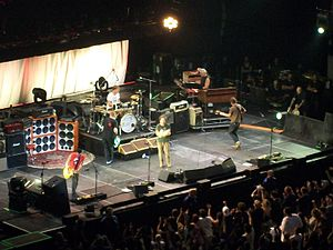 Pearl Jam Twenty Tour - Image: Pearl Jam Toronto 2011 01