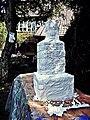 Pedro Meier Skulptur »Turmbau zu Babel«, Work in Progress, (Fasern, Vlies, Stoff geschnürt, weisse Farbe) 2017, Skulpturenpark Gerhard Meier-Weg Niederbipp, Schweiz. Foto © Pedro Meier Multimedia Artist.jpg