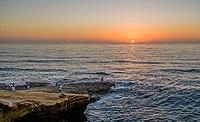 People at Sunset Cliffs Natural Park San Diego 2013.jpg