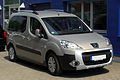 Peugeot Partner Tepee Outdoor (II) – Frontansicht, 21. Mai 2011, Düsseldorf.jpg