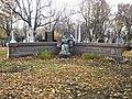 Pierre tombale Dufresne 05.jpg