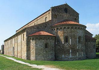 San Piero a Grado - Facade