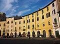 Plaça de l'Amfiteatre de Lucca.JPG