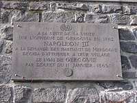 Plaque Napoléon III Gergovie.jpg