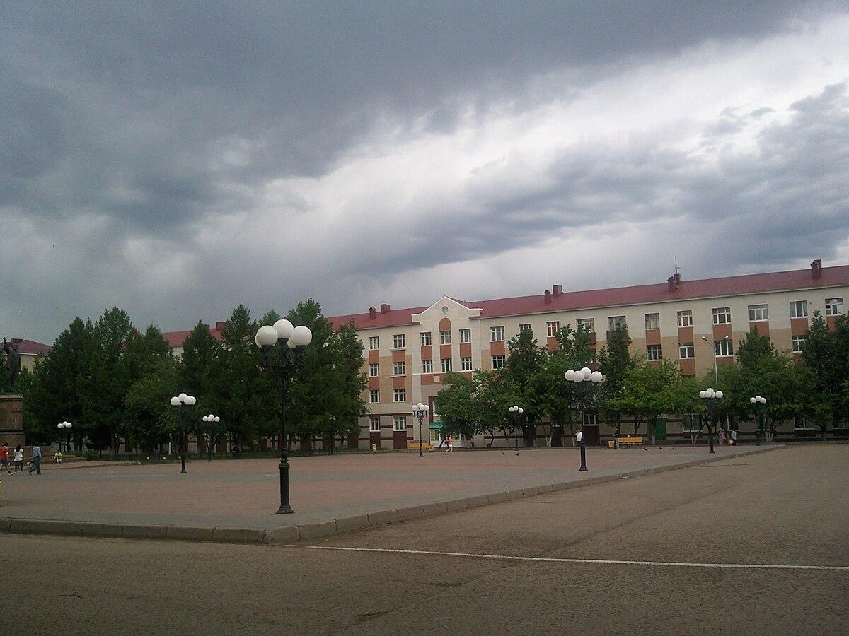 Мемориальный комплекс с барельефом в человеческий рост Лениногорск Мемориальный комплекс из двух видов гранитов Кондрово