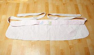 Baby sling - Image: Podaegi (baby sling)