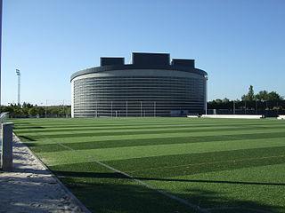 Polideportivo municipal principes de asturias.jpg