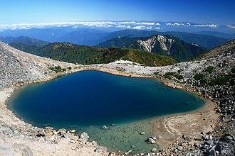 Mount Haku - Image: Pond Midorigaike 2008 10 2