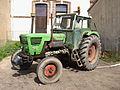 Pont-sur-Yonne-FR-89-tracteur-02.jpg