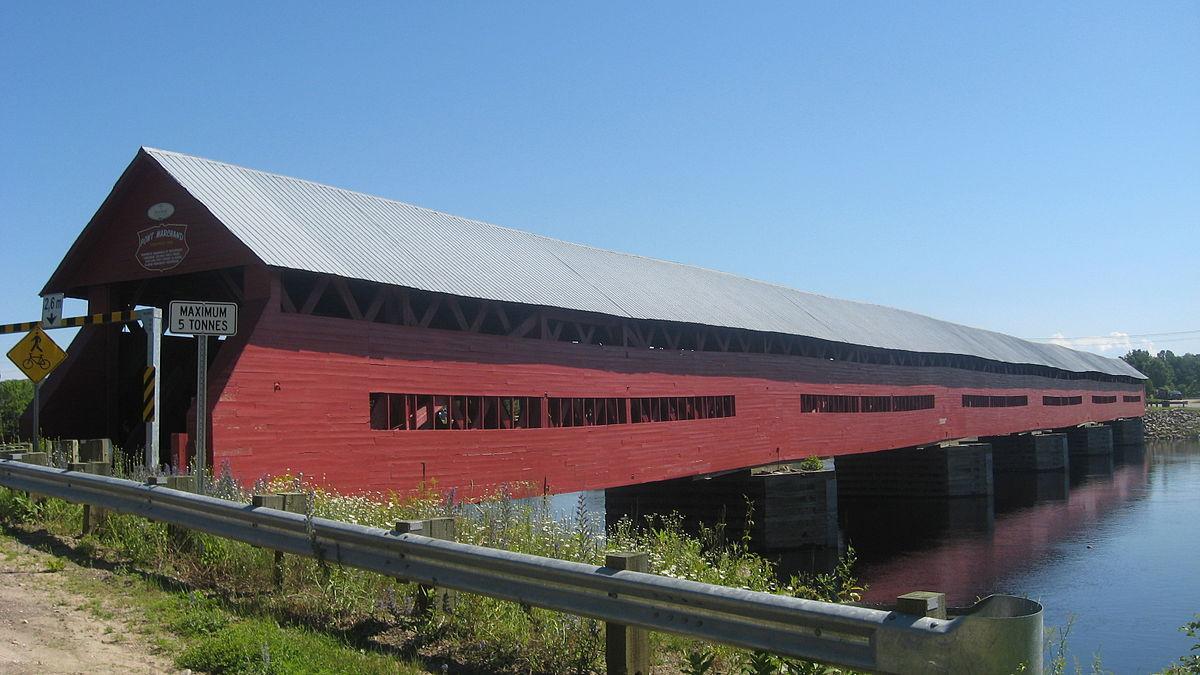 Félix-Gabriel-Marchand Bridge - Wikipedia