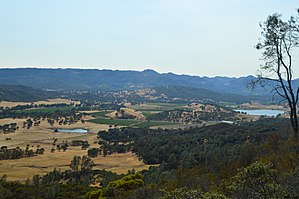 Pope Valley, California - Image: Pope Valley Geography