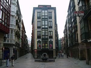 Casco Viejo - Image: Portal de Zamudio