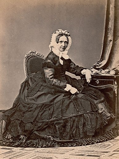 Fichier:Princess sophie of bavaria 1866.jpg