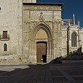 Puerta de los Novios. Catedral de San Antolín de Palencia.jpg