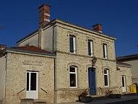 Pujols-sur-Ciron Mairie.jpg
