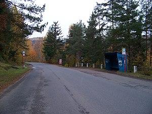 Rabyně, hl. přístav, zastávka autobusů.jpg