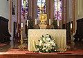 Radstadt, Kirche Mariae Himmelfahrt, der Altar.jpg