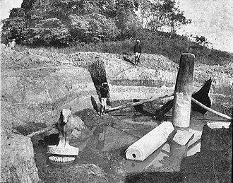 Rampurva capitals - Image: Rampurva bull excavation 1907