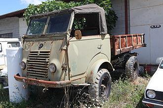 Renault 1 000 kg - Military R 2087 truck version