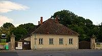 Residential building, Kirchengasse 2, Trumau.jpg