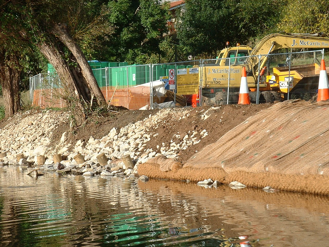 River Bank Repair : File river bank repair on the avon saltford g